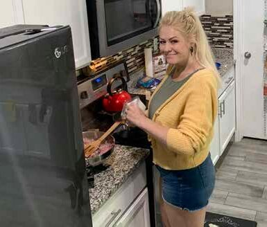 Tatianna loves to cook