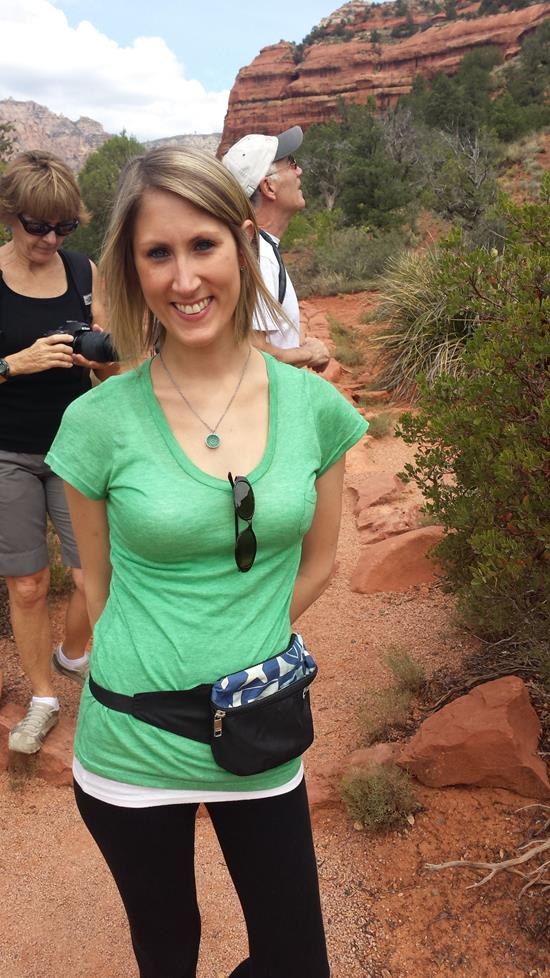 POSING FOR SOME PHOTOS DURING OUR SEDONA HIKE