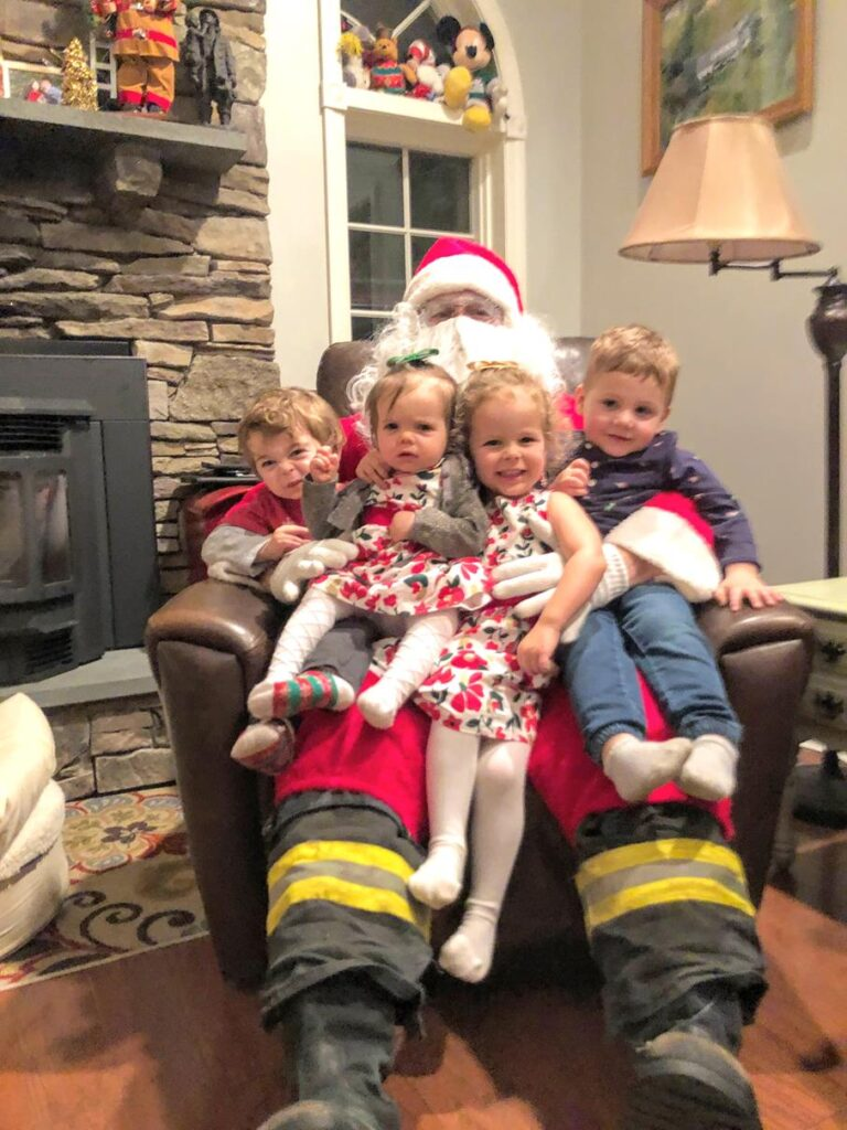 SANTA'S CHRISTMAS EVE APPEARANCE WITH COUSINS