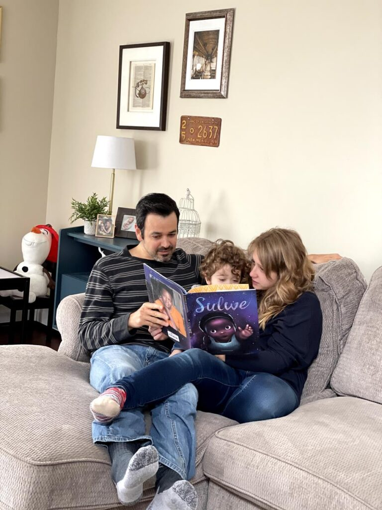WE LOVE READING TOGETHER