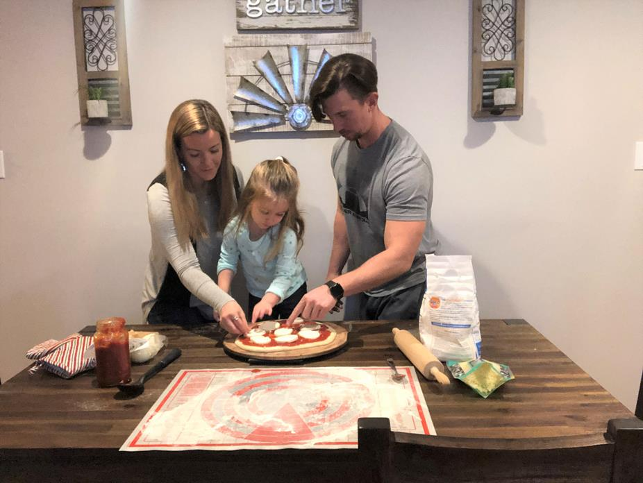 MAKING PIZZA FROM SCRATCH